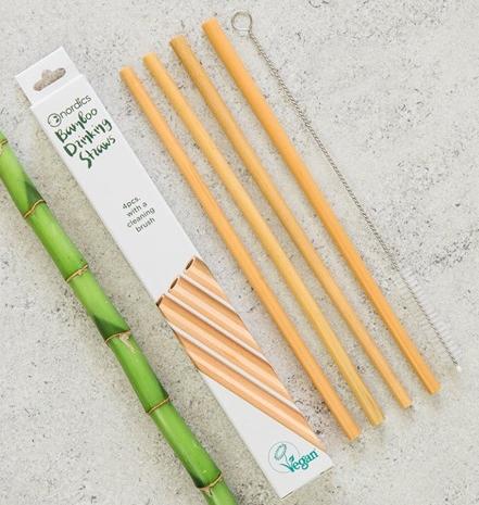 Pai din bambus pentru baut